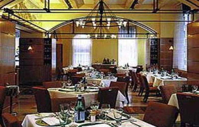 Hilton Boston Downtown/Faneuil Hall - Restaurant - 16
