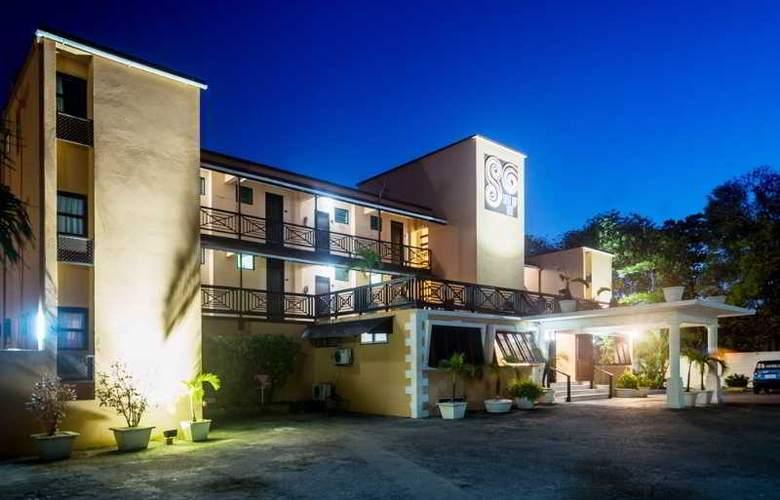 South Gap - Hotel - 0