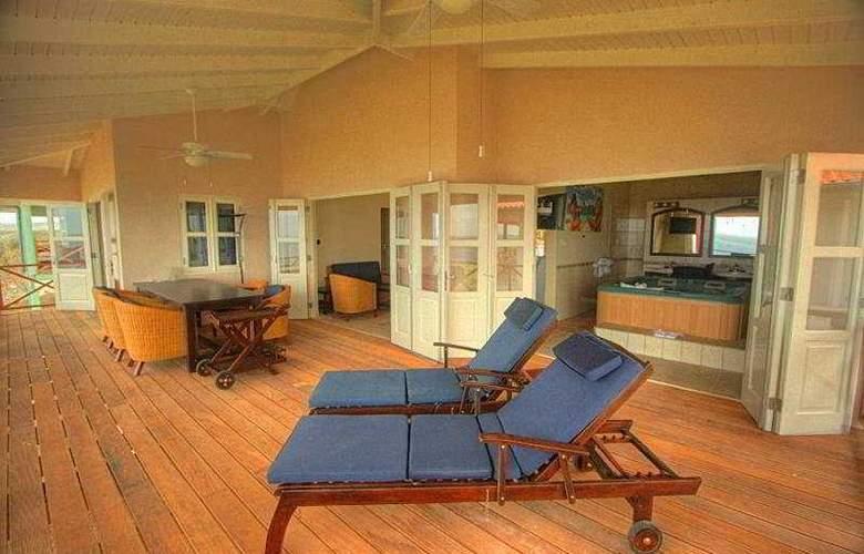 Caribbean Club Bonaire - Terrace - 5