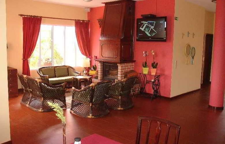 Inn & Art Casa de Chá dos Prazeres - Bar - 12