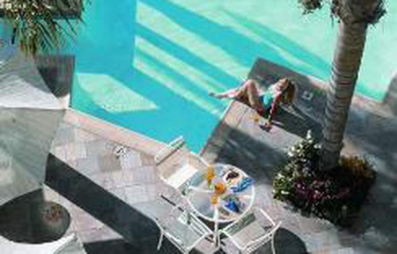 DoubleTree Suites by Hilton Hotel Doheny Beach - Sport - 1