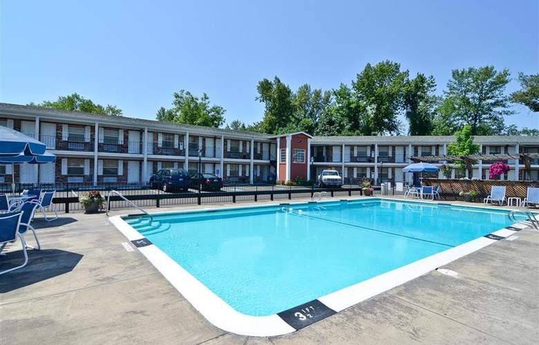 Best Western Horizon Inn - Pool - 90