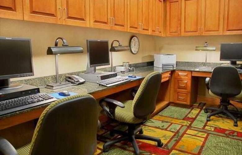 Hampton Inn & Suites Pittsburgh-Downtown - Sport - 15