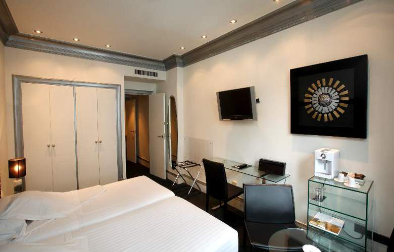 Lopez de Haro - Room - 13