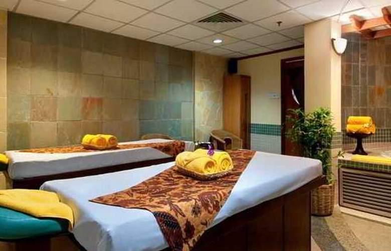 Hilton Petaling Jaya - Sport - 42