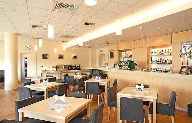 Park Inn Klaipeda - Restaurant - 4