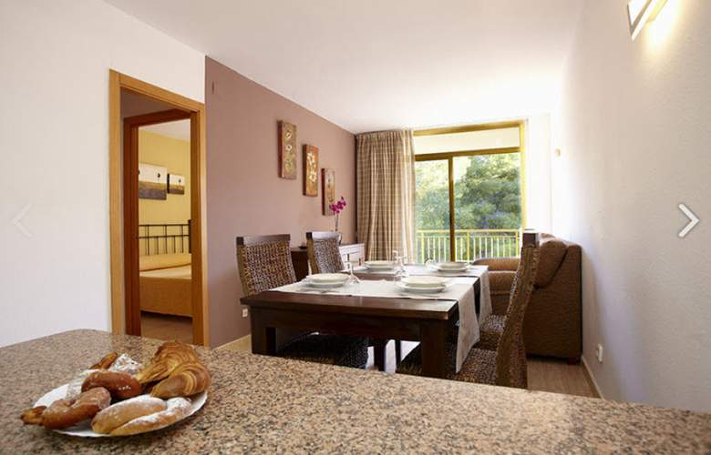 Apartamentos Catalonia Gardens - Room - 5