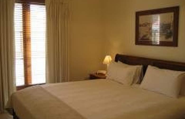 Hearns Cottage Suites - Hotel - 0