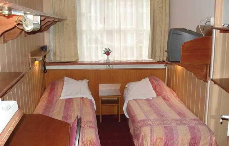 Nadia - Room - 3
