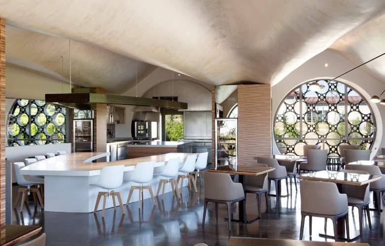 Domus Selecta Cava & Hotel Mastinell - Restaurant - 39