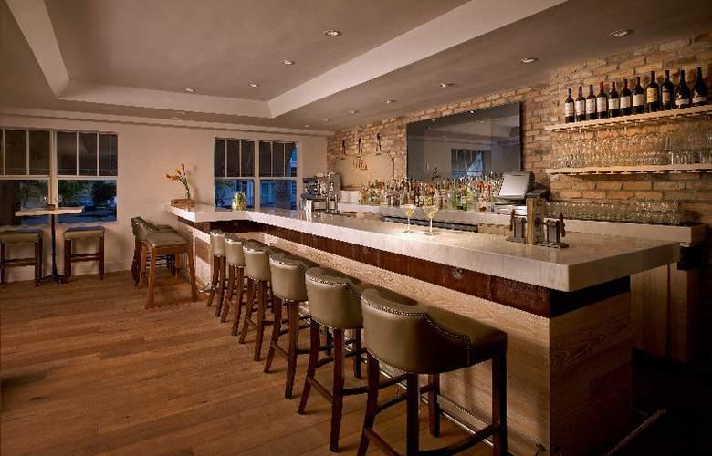 Blue Moon Hotel - Bar - 4