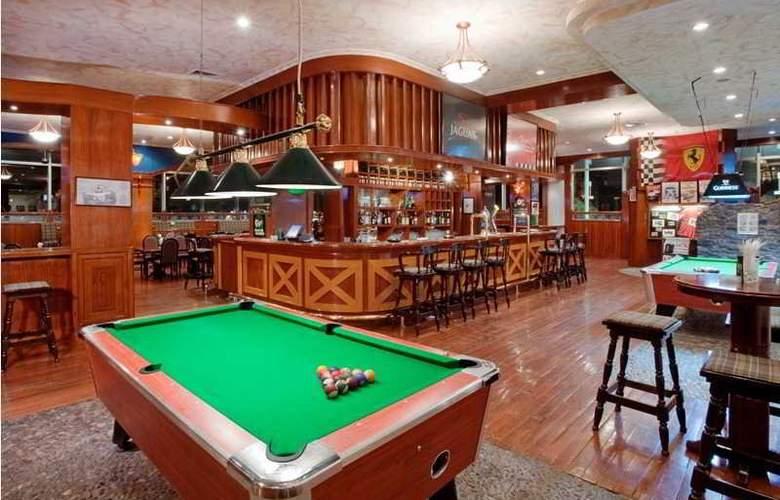 Holiday Inn Pudong - Bar - 12