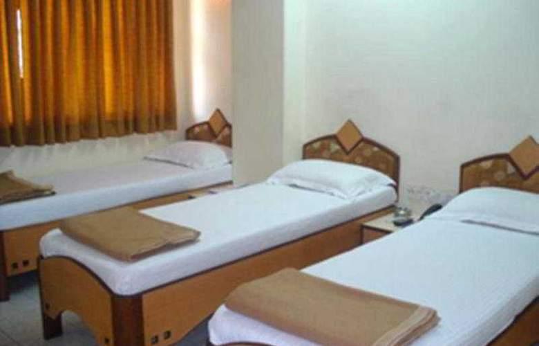 Kamran Residency - Room - 4