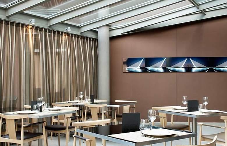 AC Sevilla Torneo - Restaurant - 10