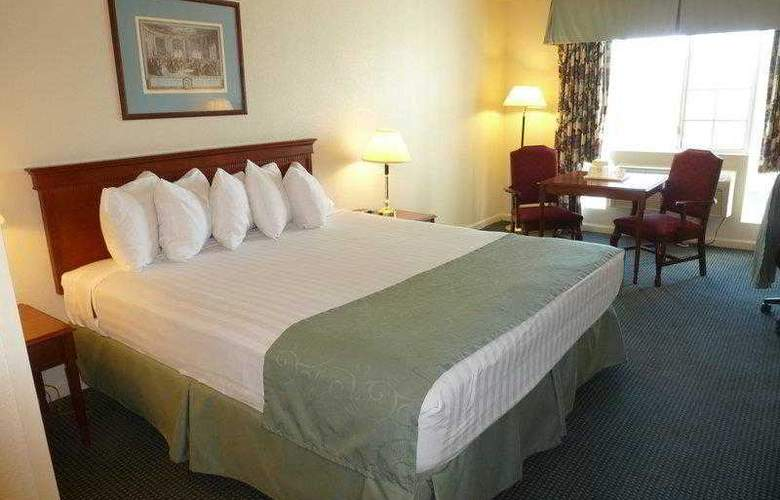 Best Western John Jay Inn - Hotel - 1
