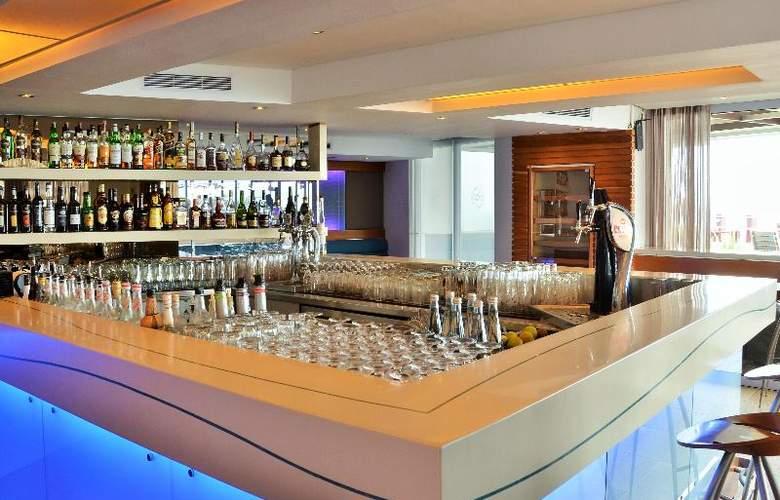 Radisson Blu Hotel Waterfront, Capetown - Restaurant - 7