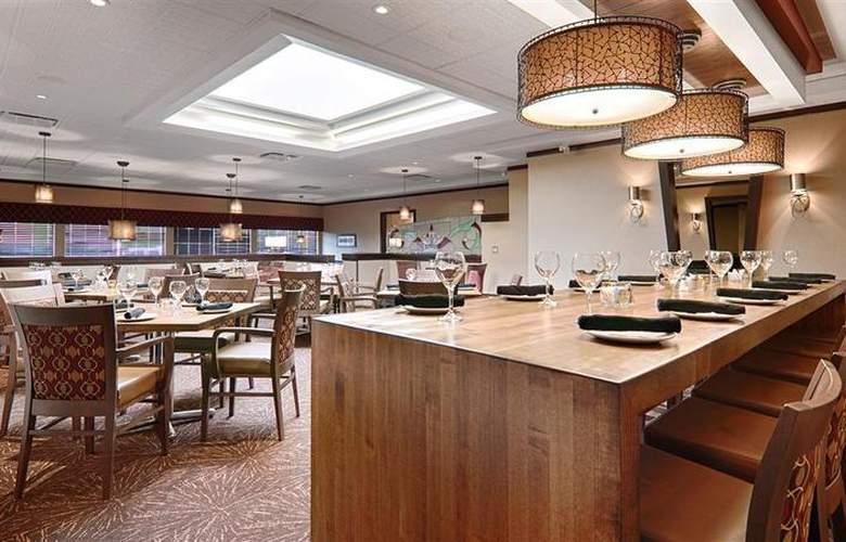 Best Western Plus Denham Inn & Suites - Restaurant - 119