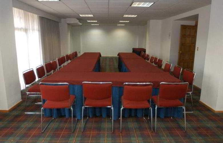 Suites Plaza Florencia - Conference - 7