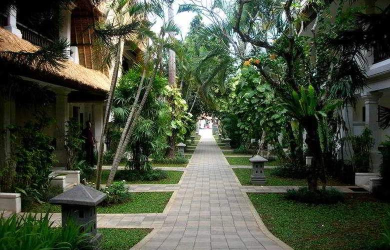 Puri Raja - Hotel - 9