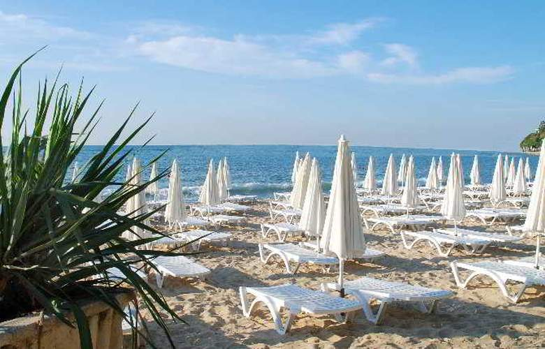 Grand Hotel Varna - Beach - 7