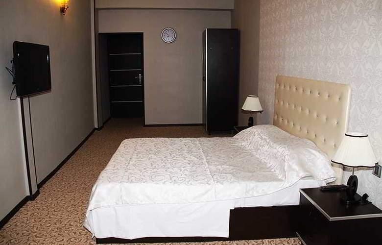 Avand Hotel Baku - Room - 8