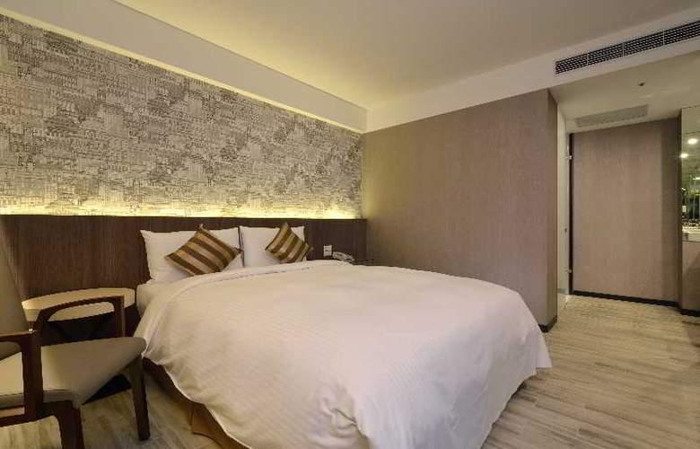 Regal Executive Suites - Room - 11
