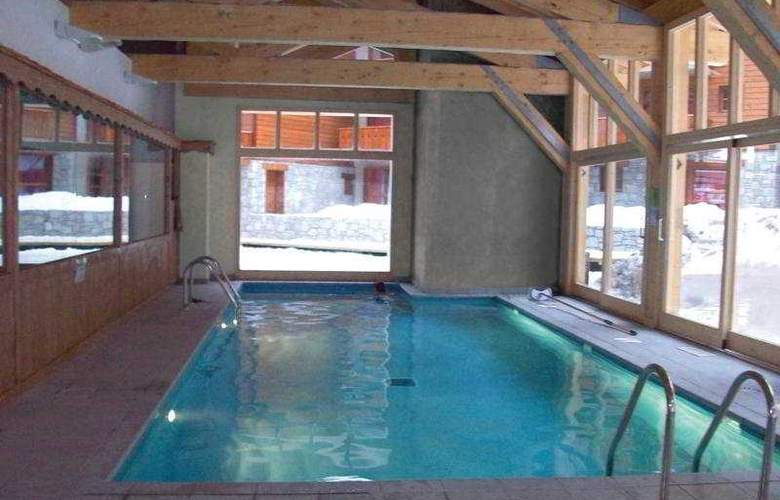 Residence les Chalets Edelweiss - Pool - 5