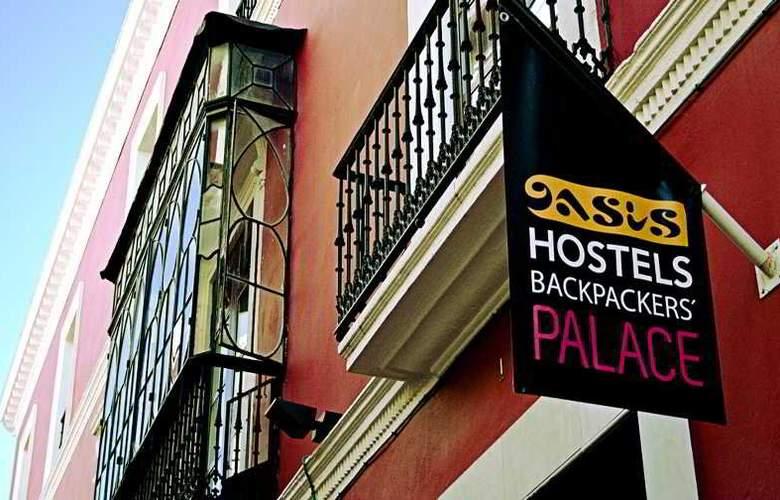 Oasis Backpackers Palace Sevilla - Hotel - 5