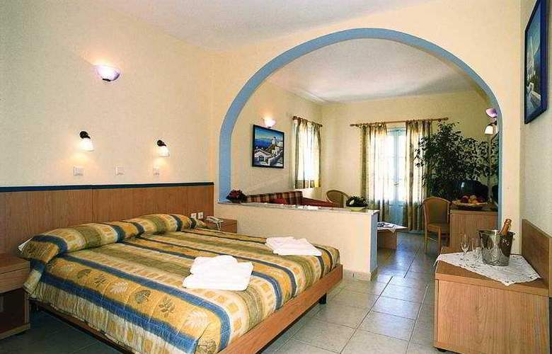 Aegean Plaza - Room - 2