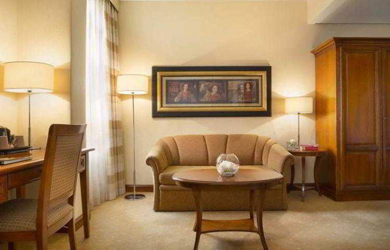 Best Western Premier Astoria - Hotel - 39