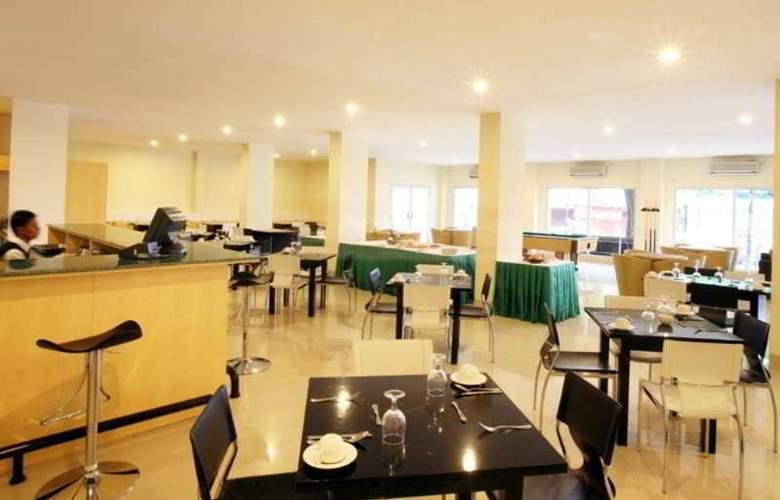 Griya Sintesa Manado - Restaurant - 11