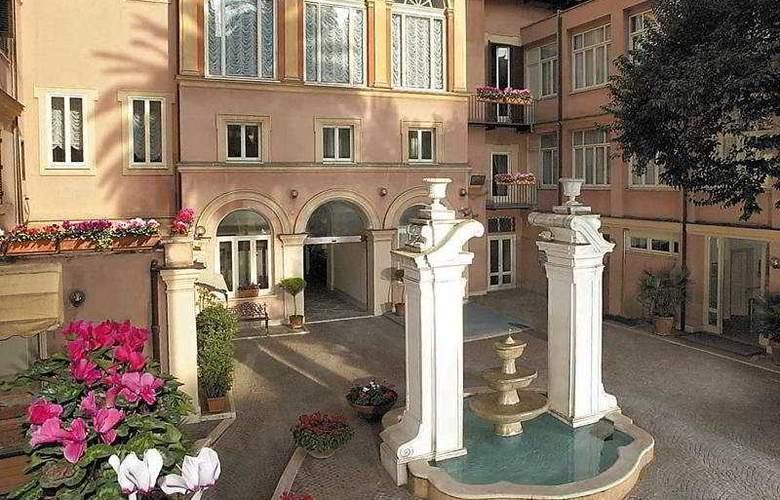Domus Romana - Hotel - 0