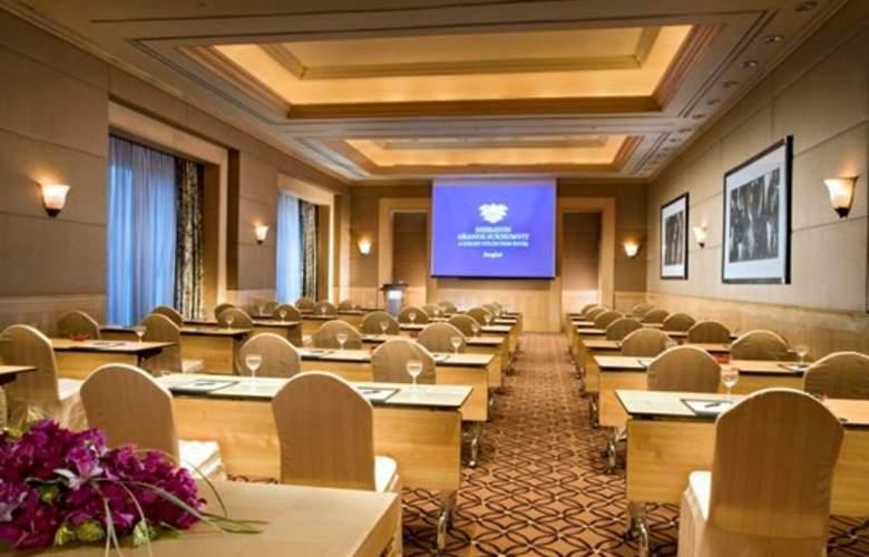 Sheraton Grande Sukhumvit - Conference - 5