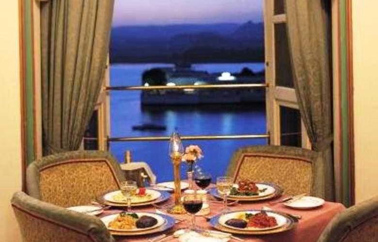 Fateh Prakash Palace - Restaurant - 6