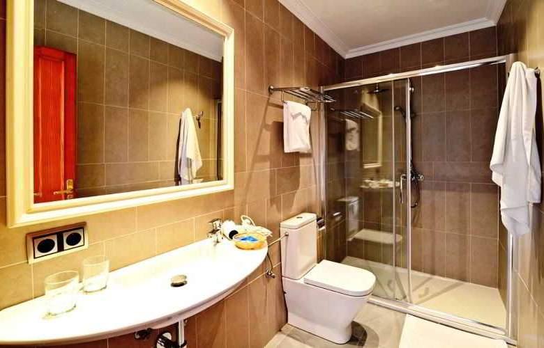 Amoros Hotel - Room - 16