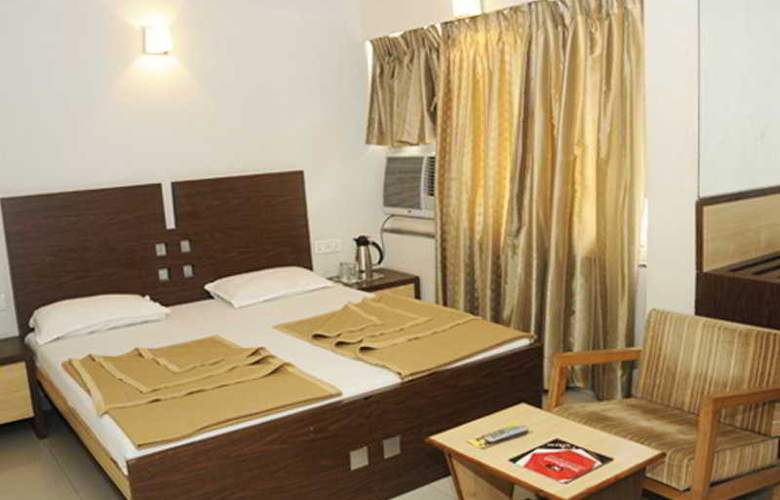 Neelkanth Panshikura - Room - 6