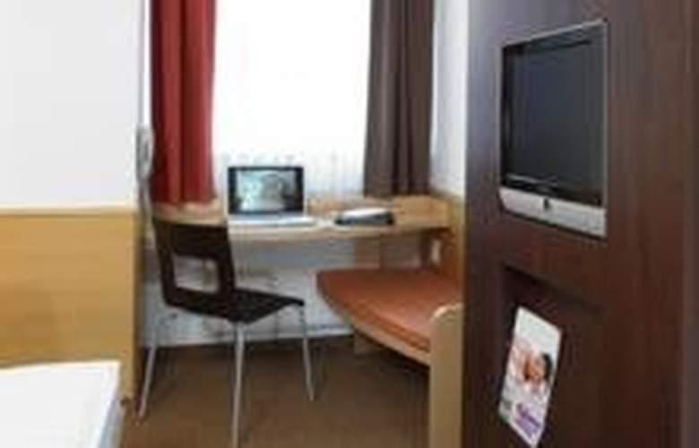 Ibis Leipzig Nord - Ost - Room - 0