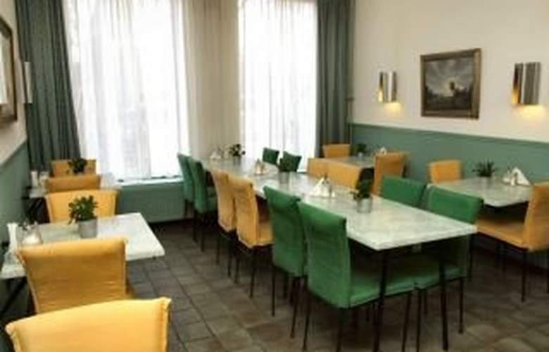 The Arcade Hotel - Restaurant - 5