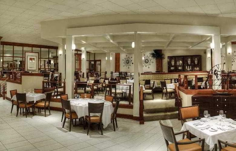 Sheraton Sand Key Resort - Hotel - 19