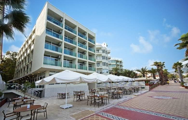 Sol Beach Hotel - Hotel - 0