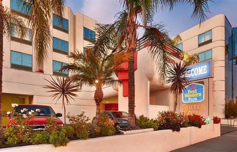 Best Western Plus Suites Hotel - Hotel - 30