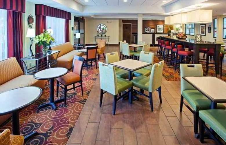 Hampton Inn Lima - Hotel - 10