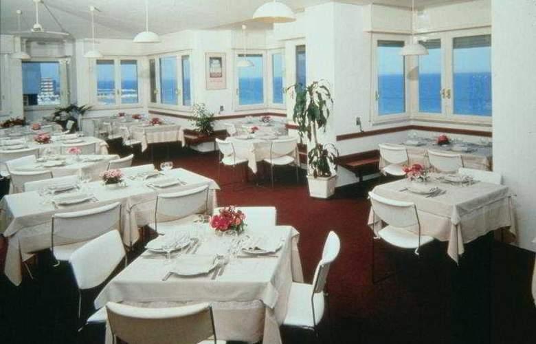 Nettuno Pesaro - Restaurant - 3
