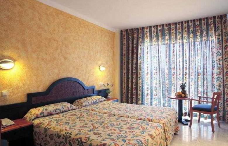 Azuline Coral Beach - Room - 12