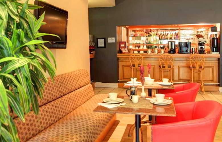 Protea Hotel Outeniqua - Bar - 18
