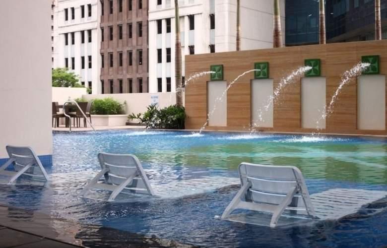 The Exchange Regency Residence Hotel - Hotel - 4