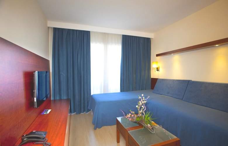 Fontanellas Playa - Room - 22