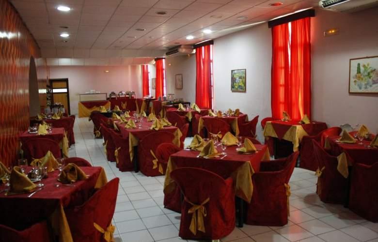 San Alejandro - Restaurant - 5