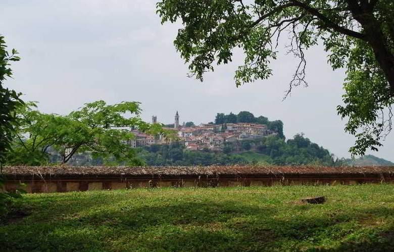 Castello Di Uviglie - Hotel - 11