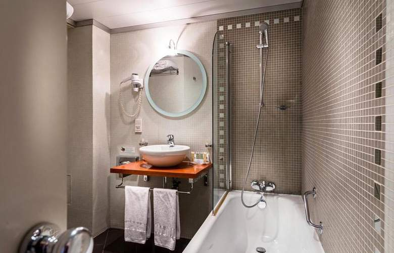 Best Western Mercedes Arc de Triomphe - Room - 12